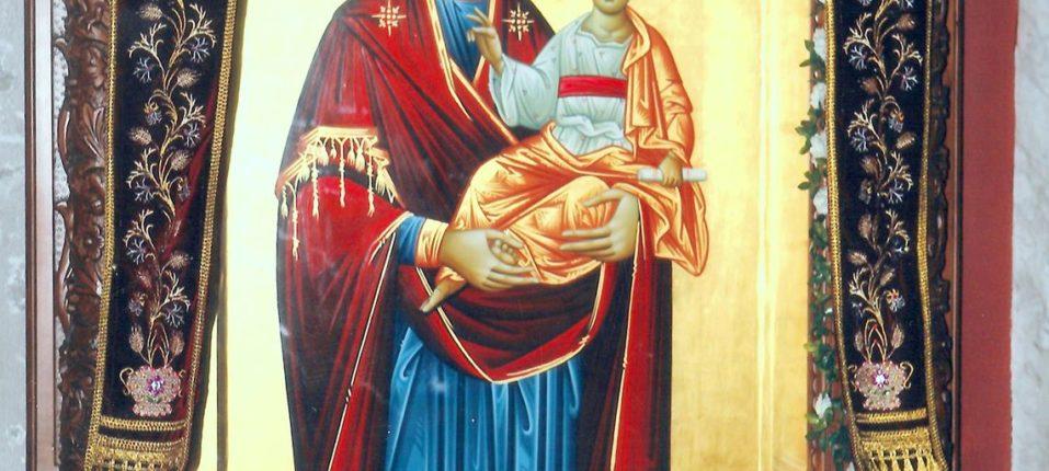Προσκυνητάρι μεγάλο της Παναγίας του κάμπου, έργο του Αγιογράφου Κ. Ξενόπουλου. Δεξιά στο Νάρθηκα.