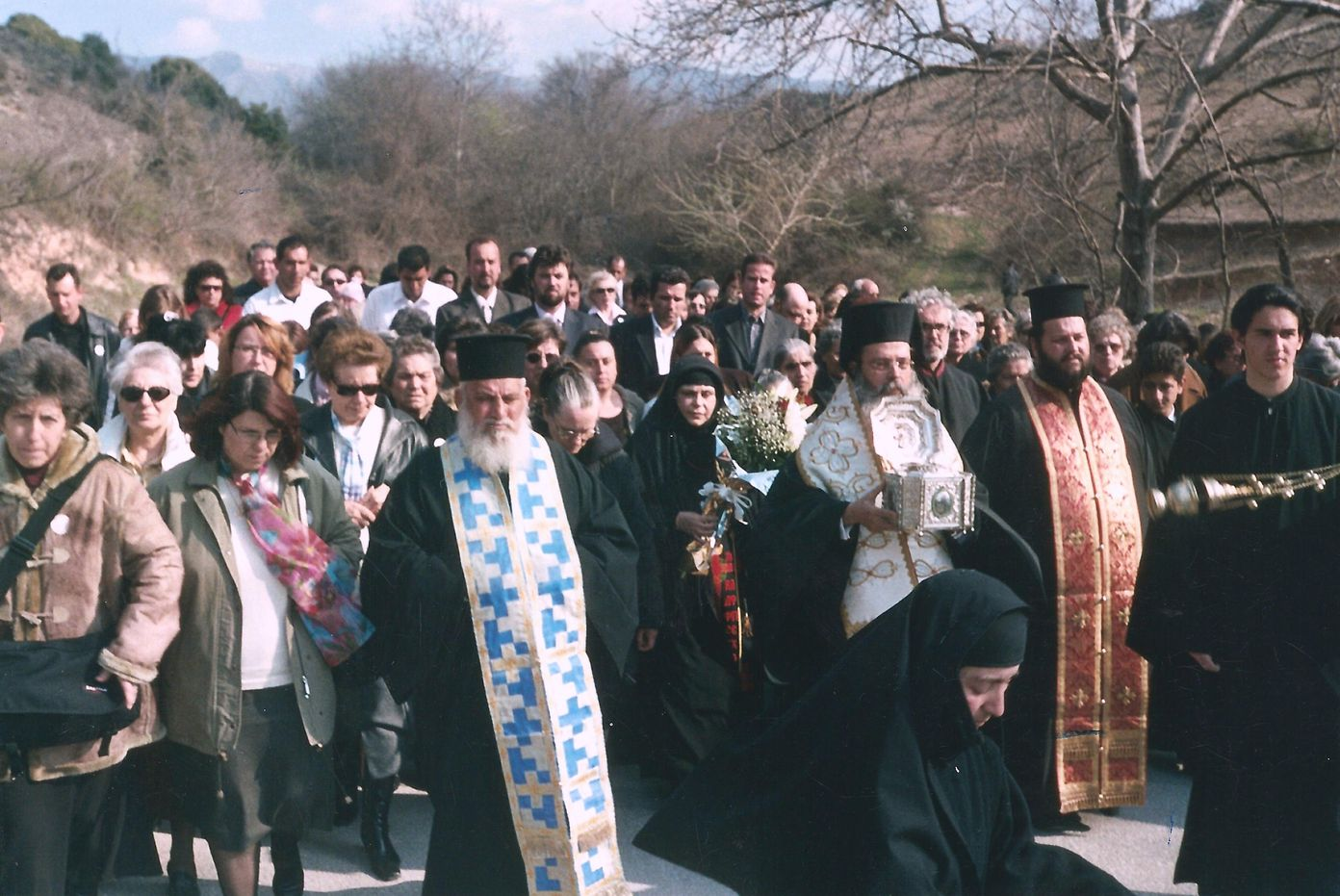 Υποδοχή της Τιμίας Κάρας του Αγίου Ραφαήλ από την Μυτιλήνη Λέσβου στην Ιερά μας Μονή. Λιτανεία.